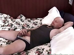 Heavy daddy continue fucks a younger guy