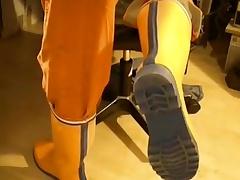 nlboots - how orange orange can be