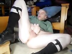 Daddy bating on every side otc socks